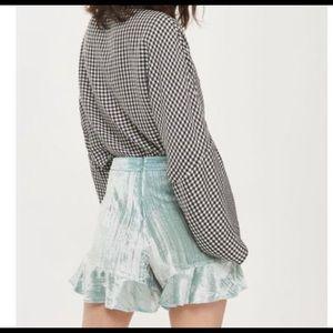NWT Kendall & Kylie Velvet Ruffle Shorts SZ Sm